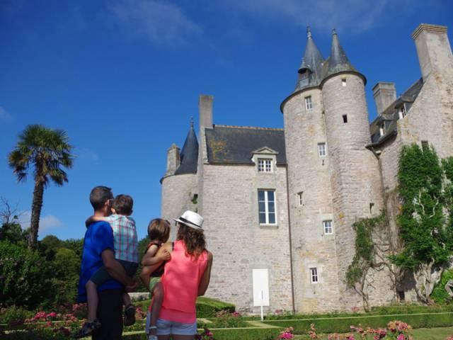 Visite au château de Bienassis ©J.Rouxel